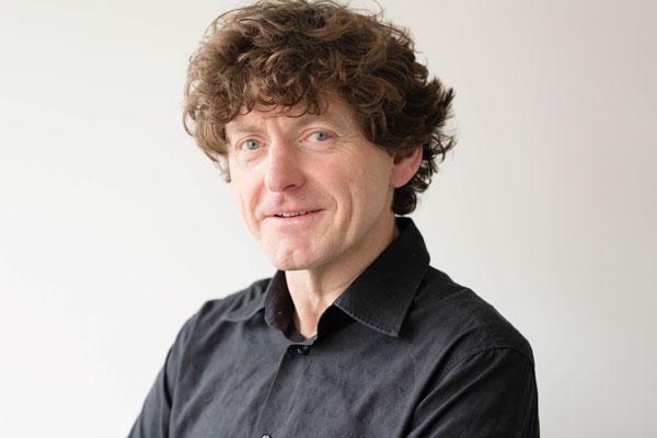 Olaf Schumacher Dipl.öSozialökonom und Dipl. Volkswirt